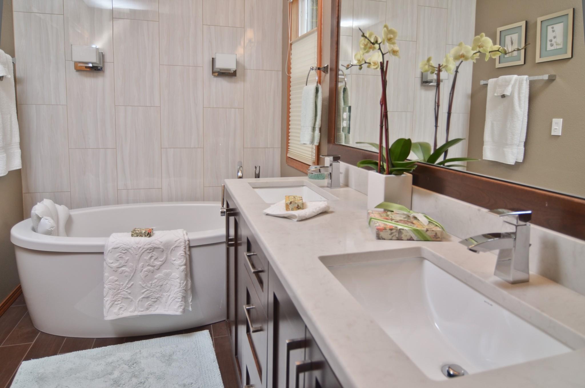 Hotel Inspired Master Bath Ovation Design Build